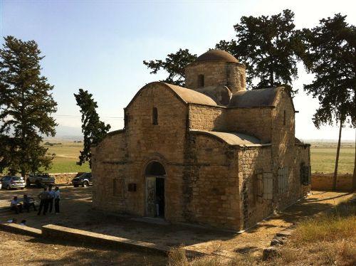 Ανακοίνωση για Θεία Λειτουργία στον Ιερό Ναό Αγίου Προκοπίου Σύγκρασης Αμμοχώστου (8-7-2017)