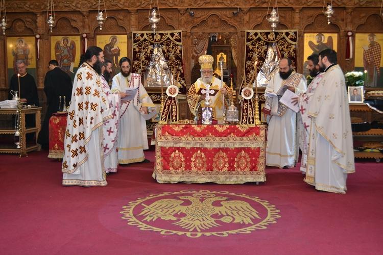 Τέλεση Θείας Λειτουργίας του Αγίου Ιακώβου του Αδελφοθέου