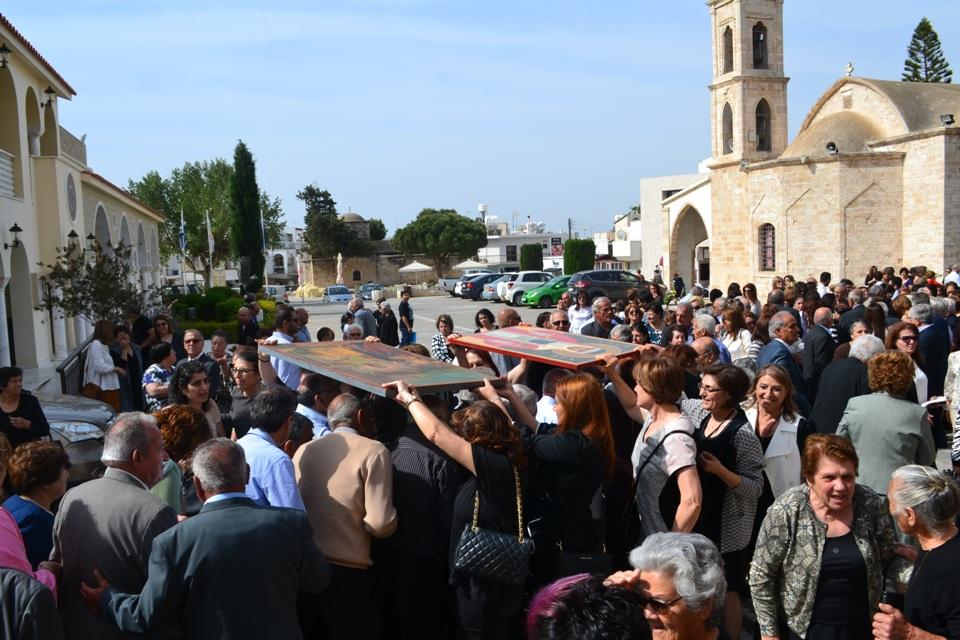 Κυριακή των Μυροφόρων στον Μητροπολιτικό Αγίου Γεωργίου (30-4-2017)