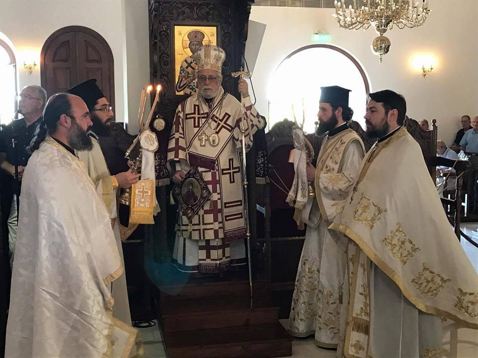 Θεία Λειτουργία και μνημόσυνα στην ενορία Τιμίου Σταυρού Π. Πολεμιδιών (9-7-2017)
