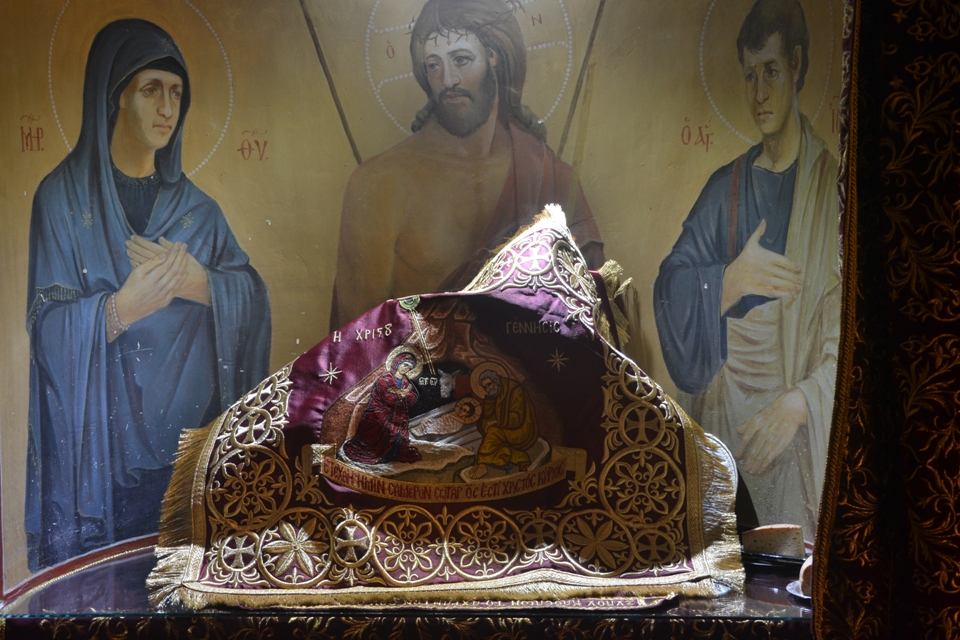 Χριστουγεννιάτικη Θεία Λειτουργία-Ανακοίνωση