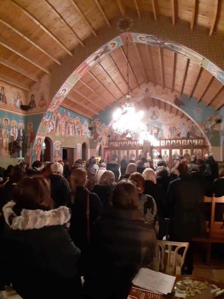 Ακολουθία των Χαιρετισμών στο εξωκλήσι του Αγίου Παντελεήμονα στο Παραλίμνι