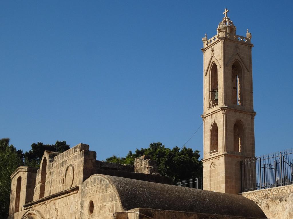 Επισκέψιμη η αρχαία εκκλησία στη μονή της Αγίας Νάπας για το μήνα Αύγουστο 2019