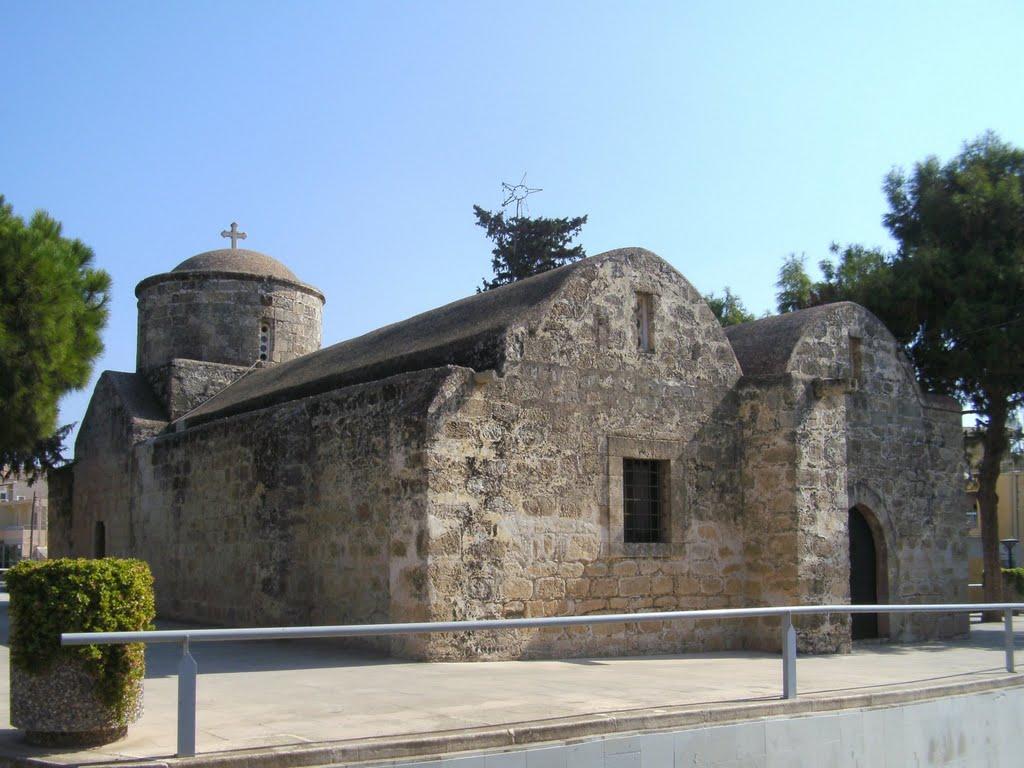 Πανήγυρις αρχαίας Εκκλησίας Αγίας Άννας Παραλιμνίου και εξωκλησίου σε Αγία Νάπα